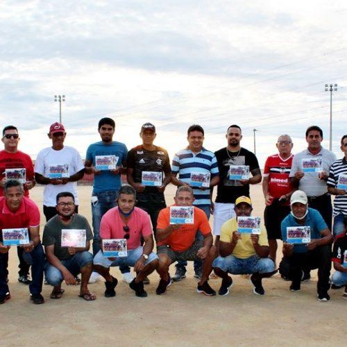 Ex-jogadores da Seleção de Barcelona são homenageados no 29º aniversário de Marcolândia; fotos