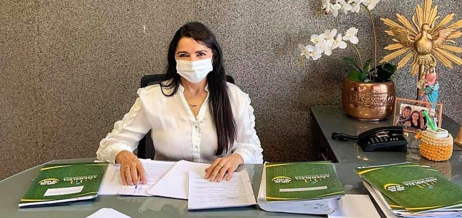 Sancionada lei da deputada Teresa Britto que cria o Dia do Reflorestamento no Piauí