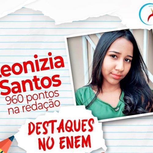 Com 960 pontos na redação do Enem, Leonízia Santos se destaca com maior nota na cidade de Francisco Macedo