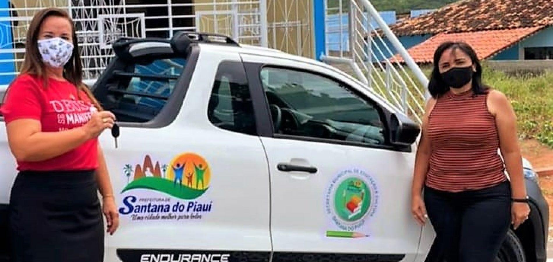 Com recursos próprios, prefeita Maria José adquire veículo 0 KM para a Secretaria de Educação de Santana