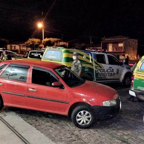 Carro tomado de assalto na zona rural de Marcolândia é recuperado horas depois pela PM em Padre Marcos