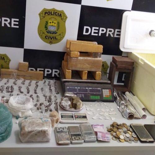 Polícia descobre casas usadas como depósitos de drogas no Piauí e prende dois suspeitos