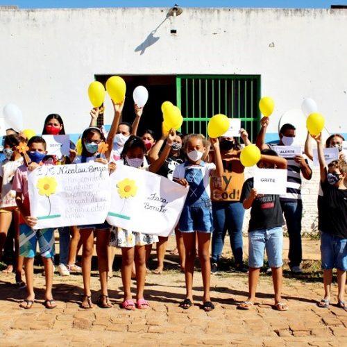 BOCAINA   Palestra e caminhada chamam atenção contra o abuso e à exploração de crianças e adolescentes em Malhada; fotos
