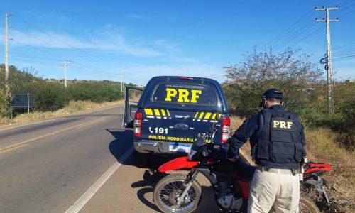 Mulher é presa por receptação e uso de documento falso na BR-407 em Picos