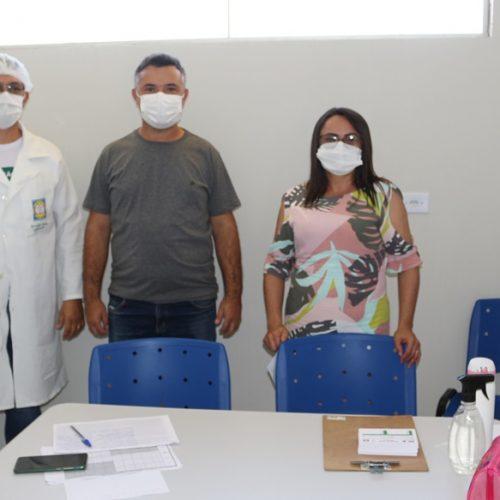 Trabalhadores da Educação são vacinados contra a Covid em Belém do Piauí