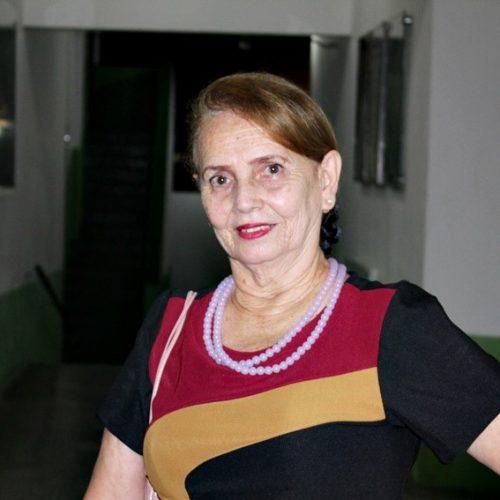 MONSENHOR HIPÓLITO | Santynha Bezerra conquista o segundo lugar no I Concurso de Poesia e Crônica