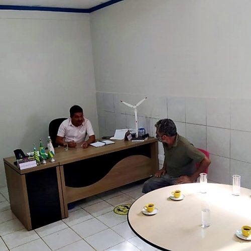 Em reunião, Dr. Corinto garante melhorias para o açougue municipal de Marcolândia