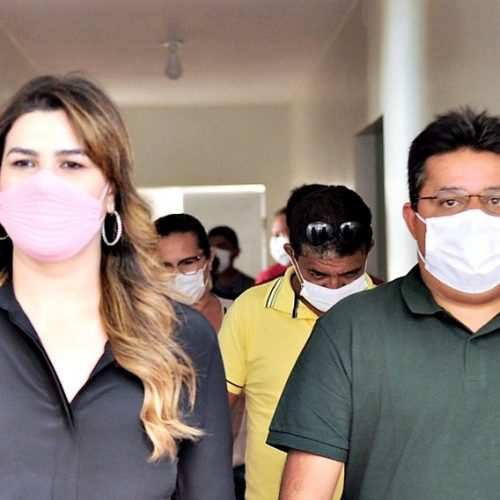 Deputada Marina visita hospital com Dr. Corinto e destina R$ 200 mil para a unidade de saúde de Marcolândia