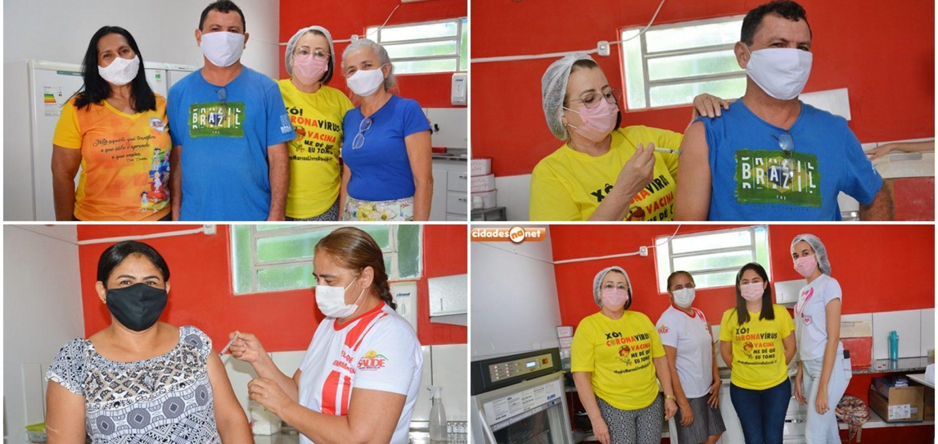 Profissionais da Educação começam a ser vacinados contra a Covid-19 em Padre Marcos
