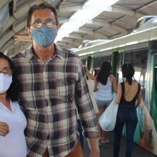 Homem que conheceu esposa no metrô de Teresina a busca todos os dias em estação: 'passaremos o resto da vida juntos'