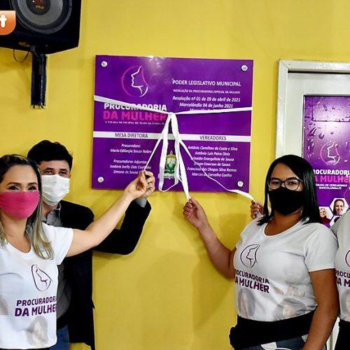 Câmara de Marcolândia instala procuradoria da mulher; vereadora Lanja Nobre é empossada 1ª presidente