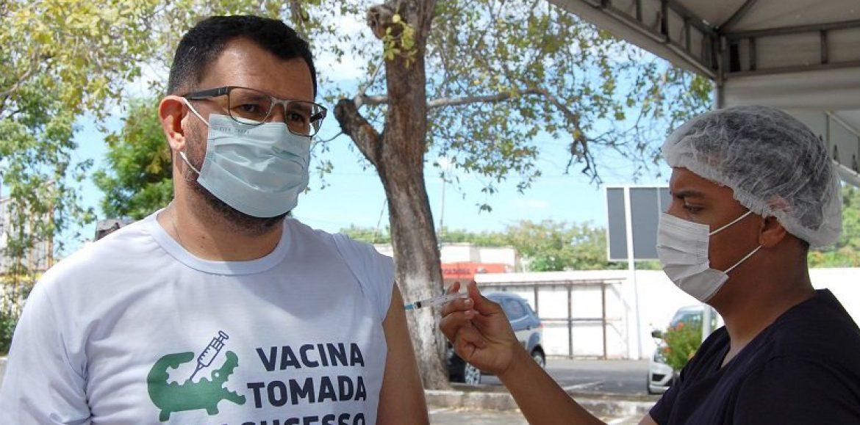 Piauí já vacinou mais de 27 mil profissionais da educação contra a Covid-19